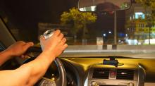SAMPLE ESSAY ON SHOULD PEOPLE WHO ARE CAUGHT DRIVING DRUNK LOSE THEIR LICENSES FOR A YEAR?